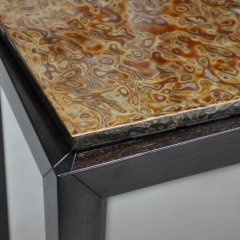 Detail of the table